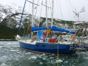 188-au-mouillage-dans-la-glace-300x225