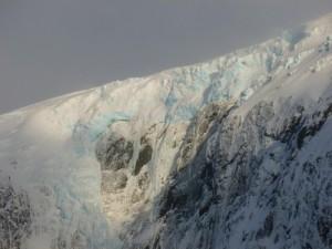 226-Fouque-glacier-detail-300x225
