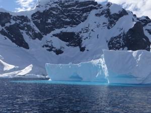Tabulaire dans Errera Channel - Antarctique