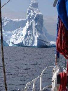 Dans le cimetière d'icebergs - Antarctique