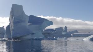 Merveilles du Cimetière d'Icebergs - Hovgaard Island - Antarctique