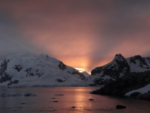 Coucher de soleil - Waterboat Point - Péninsule Antarctique