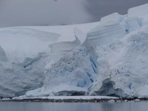De la glace travaillée ... - Leith Cove - Péninsule Antarctique