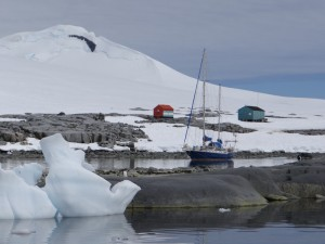 Anciennes bases de Damoy Point - Dorian Bay, Wiencke Island, Antarctique
