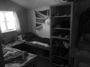 Une chambre d'explorateurs - Port Lockroy, Antarctique