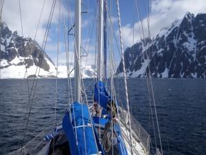 Passage du Canal de Lemaire - Antarctique