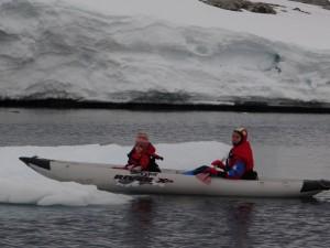 Jeu de c... : on va marcher sur cet iceberg, vous venez oui ?