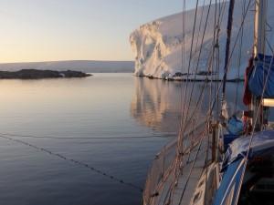 Coucher de soleil sur Pitt Islands, Antarctique